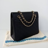 3b2646fe791a Tas tory burch original - Tb bryant medium bag black