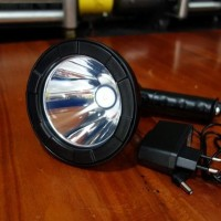 Dijual Lampu Sorot / Senter Led 10 Watt - T61 Li Ion Battery