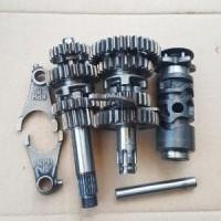 Gearbox transmisi Supra X 125 karbu girbok girbox gigi rasio gear ra