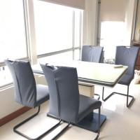 Meja Makan Bekas Set dengan 4 Kursi