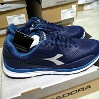 Asli DIADORA ORIGINAL. Gianno Navy. Sepatu Olahraga Pria. Running Lari
