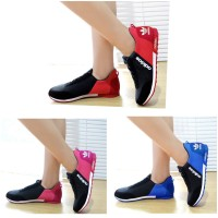 Sepatu Adidas Replika - Ads Kw Murah - Sepatu Olahraga Wanita Running