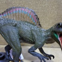 figure dinosaurus spinosaurus besar