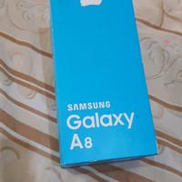 Kotak dan Kelengkapan Samsung Galaxy A8
