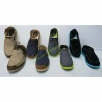TERBARU Sepatu crocs slip on sepatu sandal pria wanita
