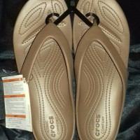 NEW sandal relaxed fit kadee ll flip w original by crocs warn bronze