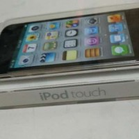 Ipod Touch 4th Generation 8GB Black New BNIB Berkualitas