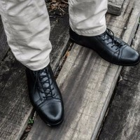 BEST MERK sepatu pria boot kulit model Bernardi Bally Adidas Nike Con