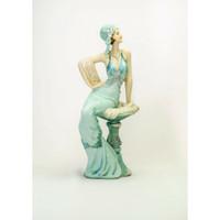 Pajangan Figurine