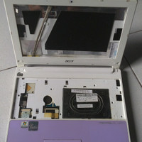 Casing Netbook Acer Aspire One Happy