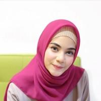 Hijab/Jilbab/Segi Empat/Square/Pashmina/bella square fanta