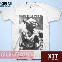 Kaos Gildan DTG Movie / Film Star Wars Master Yoda Photo