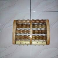 Harga alat terapi kaki 10 rol alat refleksi kaki alat kesehatan | antitipu.com