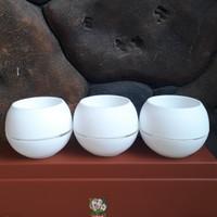 pot bunga motif BOLA putih 18cm(vienna)