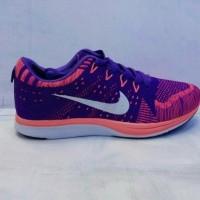 Sepatu Olahraga Nike Flyknit Racer Wanita / Cewe Import