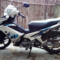 Motor Jupiter MX 135 cc Warna putih , mulus