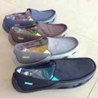 Sepatu Crocs Tideline Canvas Men (untuk Cowok / Pria / Laki - Laki)
