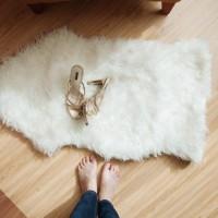 Alas Foto Putih 65x100cm Bulu Korea Terbaik