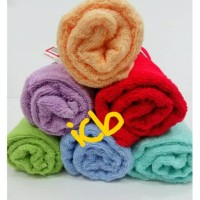 Handuk mandi merah putih kecil murah berkualitas