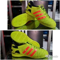 Sepatu Futsal Adidas 11 Questra size 39 40 Grad Ori 1 Harga special