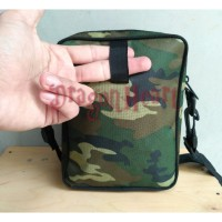tas slempang ukuran tablet dan netbook / laptop kecil