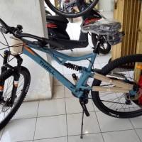 Fullbike Sepeda MTB Fulsus Thrill Oust 1.0 Size L Abu New Free Ongkir
