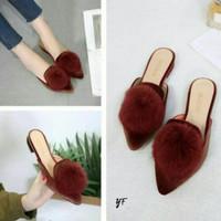Flatshoes Pompom Coklat