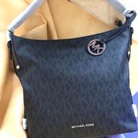 michael kors bedford belted large shoulder bag signature black