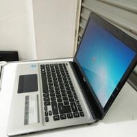 Laptop Acer E1-432 Dual Core celeron 500GB 2GB Notebook Bekas