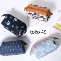 Tas Kosmetik / Makeup Pouch Organizer Travel Bag multifungsi - FTS069