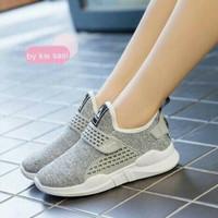Sepatu Wanita Slip On SDS231 Abu
