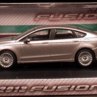 Greenlight 1:43 2013 Ford Fusion diecast silver