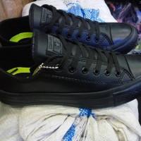 Sepatu Converse All star leter kulit hitam polos clasik grade ori