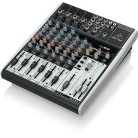 Mixer Behringer Xenyx X1204USB (12 Channel)
