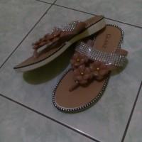 Sandal Jepit Karet Wanita - GLANZ