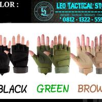 Sarung tangan Airsoft Glove Tactical BLACKHAWK Half Finger