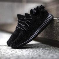 Adidas Yeezy Boost Black Sepatu Kets Casual