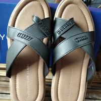 Sandal casual pria Yongki Komaladi original 100%BNIB fullset box new
