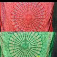 Sarung kain pantai lembaran motif mandala