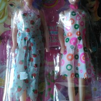 Mainan Barbie Pretty Kembar