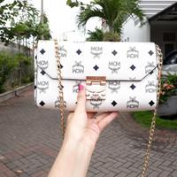 Sling bag MCM white