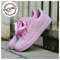 Sepatu Puma Suede Basket Heart Wanita 1