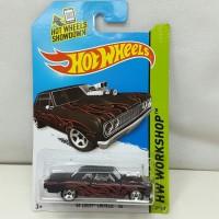 Hot Wheels 64 Chevy Chevelle SS HW Workshop 233/250 Mainan Diecast