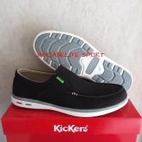Kickers Slop Kanvas. Sepatu Santai Pria Casual Bahan Canvas.