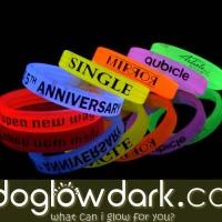 Glow Bracelet Branding Logo Tulisan | Gelang Fosfor Lebar Branding