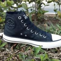 Dijual Sepatu Converse Kulit For Man Untuk Pria/Wanita Import Quality