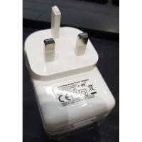 Traveler Charger 1 USB Port 5V 2 A US Plug - FPS012UK2A-050200 - White