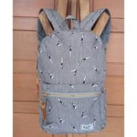 tas  fashion herschel back pack pria premuim import terbaru .