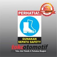 Sticker Safety Sign K3 Gunakan Sepatu Safety