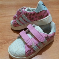 preloved (new) sepatu adidas superstar kw anak pink sneaker
